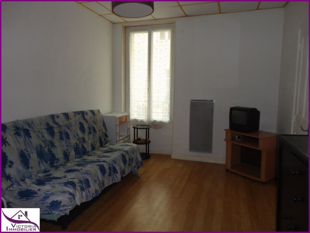 A louer appartement Vichy F1 25 m2