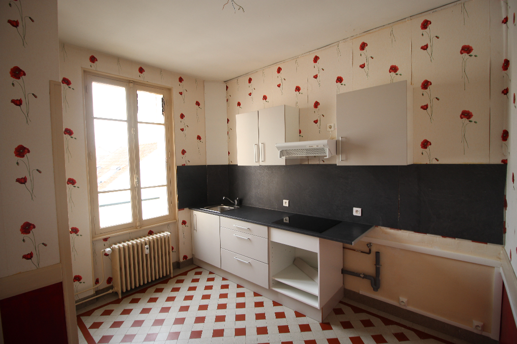 A louer appartement Vichy F3 65 m2