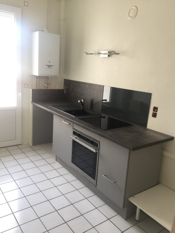 A louer appartement F2 vichy 49 m2